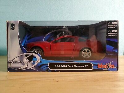 $22 • Buy MAISTO SPECIAL EDITION 1:24 2006 Ford Mustang GT