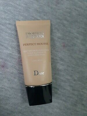 £23 • Buy Diorskin Forever Perfect Mousse Honey Beige 040 New Unboxd