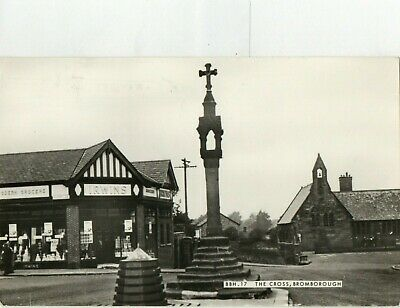 £2 • Buy RP Postcard - The Cross, Irwins Grocers, Bromborough, Wirral, Cheshire.