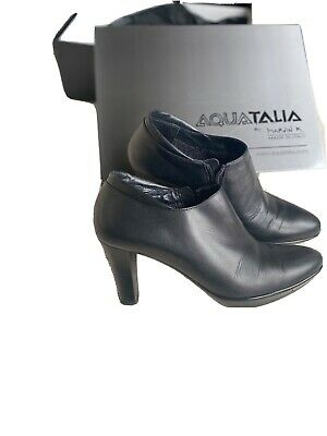 £50 • Buy Russell Bromley Aquatalia Boots