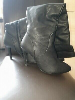 £40 • Buy Womans Black Thigh Boots