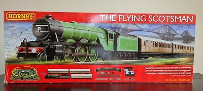 £80 • Buy Hornby R1167 The Flying Scotsman Electric Train Set
