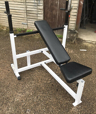 £180 • Buy Body-Solid Olympic Weight Bench And Dip Station (Can Deliver)