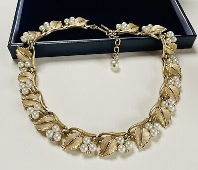 £44.59 • Buy Vintage Jewellery Signed Crown Trifari Pearl/crystal Gold Plated Leaf Necklace