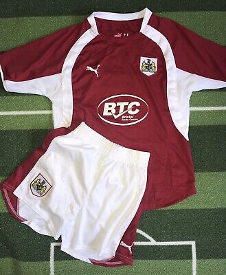 £15 • Buy Youth's Bristol City Fc Home Football Kit By Puma Size MB