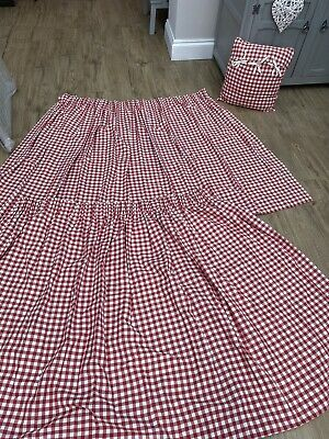 £10 • Buy Red Gingham Curtains With Matching Cushion