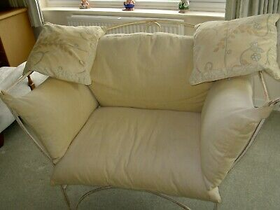 £50 • Buy Settee ; For The Bedroom Or Conservatory