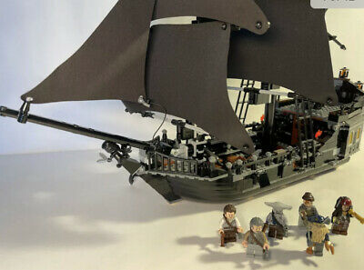 £350 • Buy LEGO 4184 Pirates Of The Caribbean The Black Pearl Complete With All Minifigures