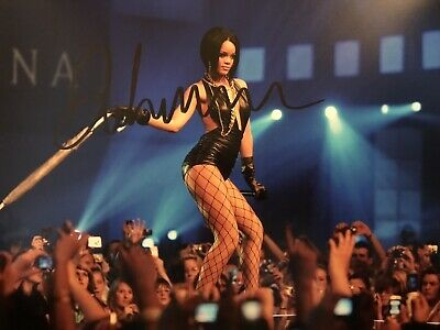 £39.99 • Buy Original Hand Signed Music Picture By Rihanna, Umbrella, 🎶🎤