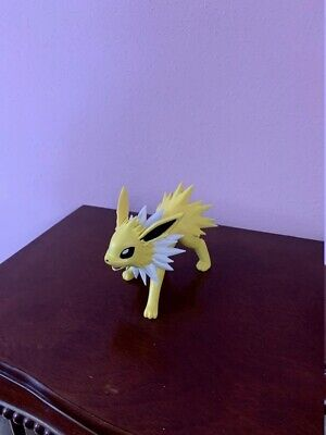 $30 • Buy 3D Printed And Hand-painted Jolteon Pokemon
