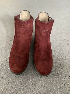 £15 • Buy Unisa Burgundy Suede Ankle Boots Size 6