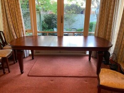 AU200 • Buy Beautiful Quality Solid Mahogany Extendable Table With 8 Chairs VGC