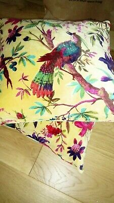 £20 • Buy (The Futon Company) Birds Of Paradise Cushions X 2 - New With Tags