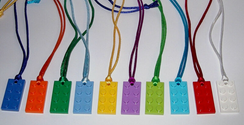 $4.75 • Buy Boy Girl Party Favors 5  Lego Brick Block Plate Necklaces  Birthday   Grab Bags