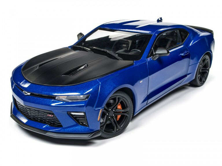 $83.86 • Buy AUTOWORLD DR2AW241 1:18 2017 Chevy Camaro SS 1LE *
