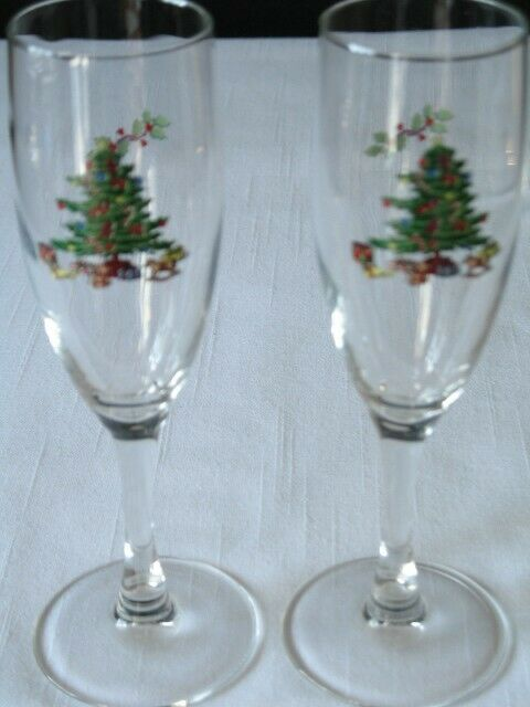 $9 • Buy 2 Tienshan Luminarc Holiday Hostess Christmas Tree Champagne Glasses NOEL
