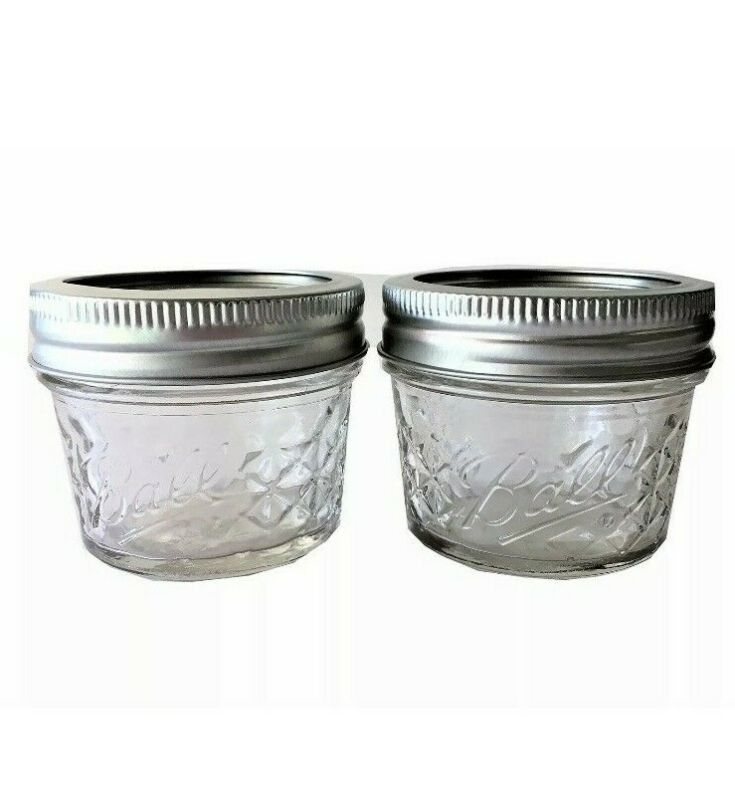 Mason Ball Jelly Jars-4 Oz. Each - Quilted Crystal Style-Set Of 2 • 11.60$