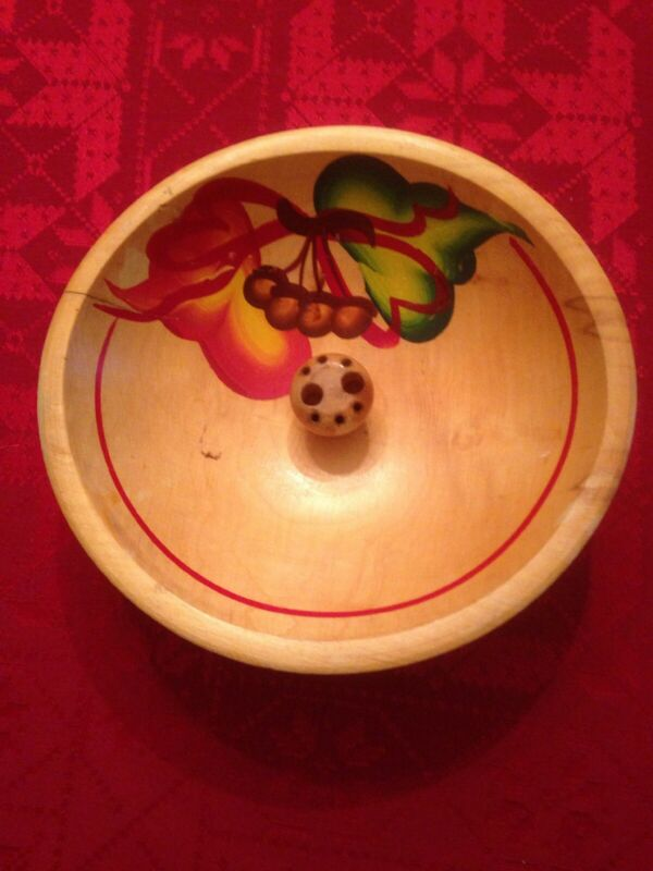 $19.99 • Buy VINTAGE AMERICANA WOODEN BOWL  HAND PAINTED LEAF DESIGN W/ NUTCRACKER SET In Box