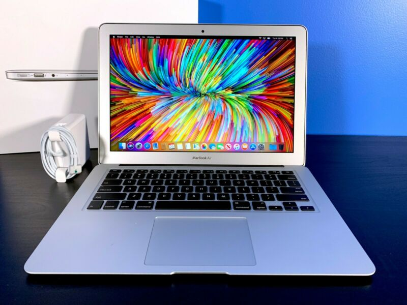 $549 • Buy APPLE MACBOOK AIR 13 OS-2018 CORE I7 * 128GB SSD** - 8GB RAM - 3 Year Warranty -