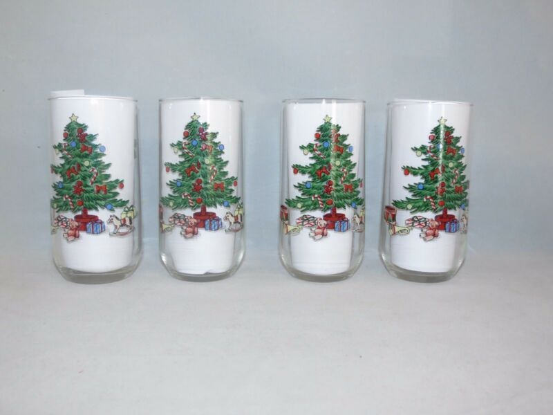 $19.95 • Buy 4 Holiday Hostess Christmas Tree 14oz Tumblers Glasses Tienshan Noel Glassware