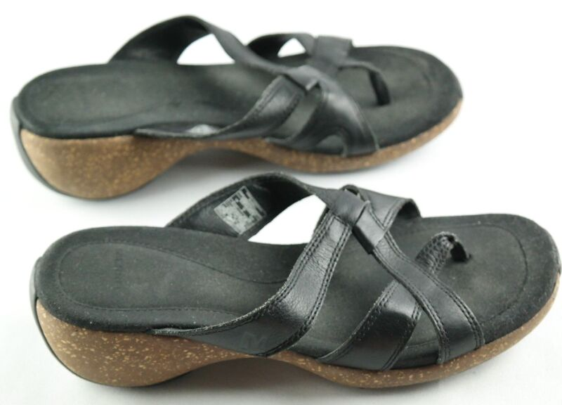 $30.59 • Buy Merrell Sundial Cross Strap Sandals Womens Size 7 Black Leather Thong Shoes