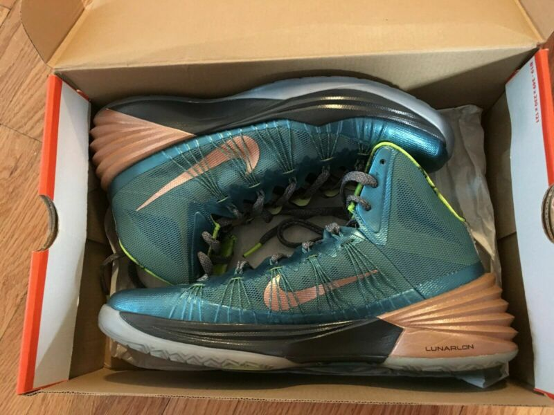 brand new c9691 f80aa Nike Hyperdunk 2013 Kyrie Irving PE TEAL NEW DS • 249.99
