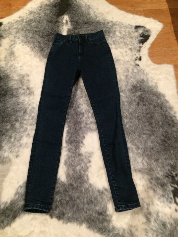 """AU15 • Buy BDG By Urban Outfitters High Waisted Jeans Size 25"""" Waist"""