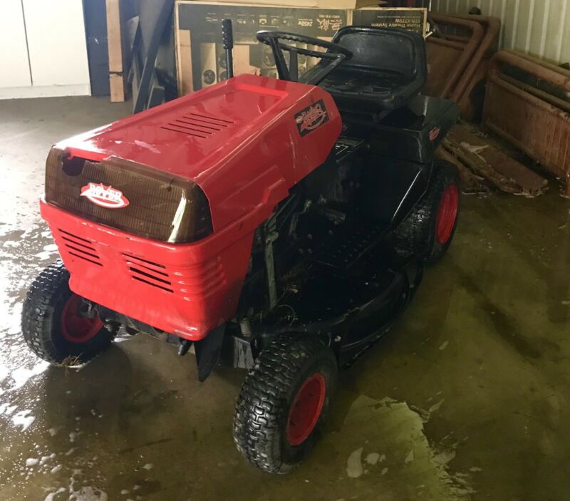 AU567 • Buy Ride On Mower, Rover