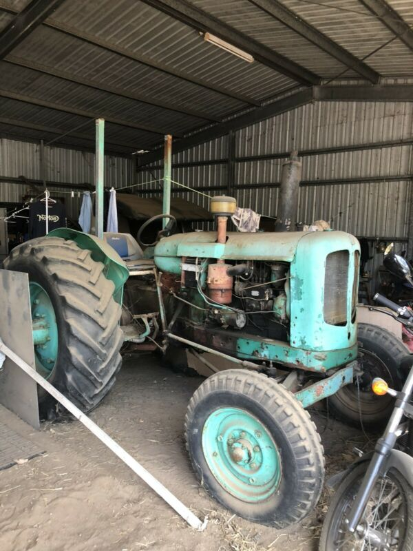 AU2000 • Buy Nuffield Tractor