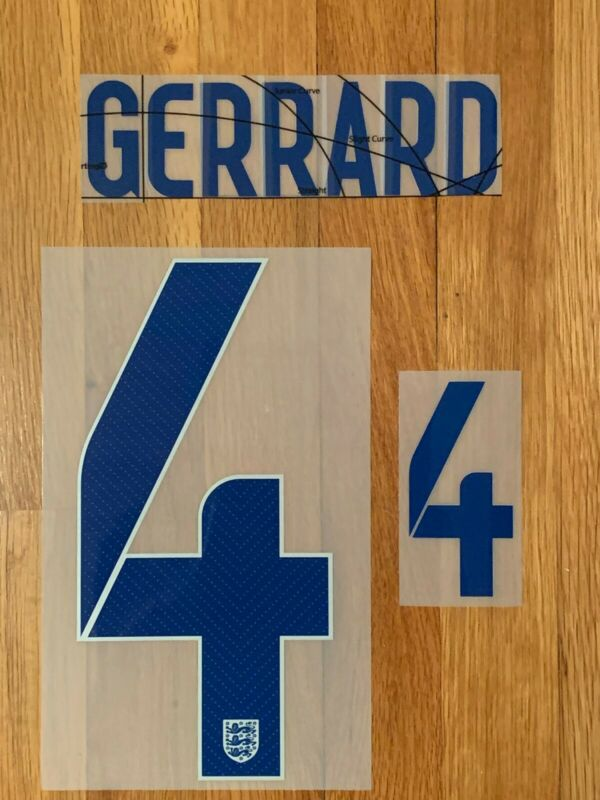 GERRARD 4 - 2014 (World Cup) ENGLAND - HOME - Official Sporting ID Name-Set • 9.99$