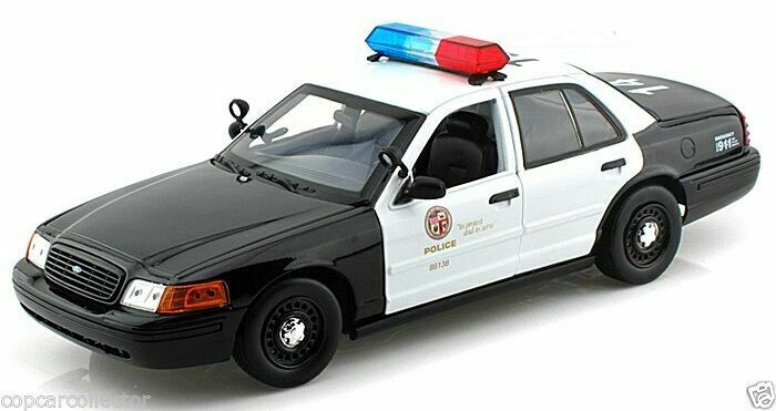 Motormax / DARON 1/18 LAPD Los Angeles Police Department Ford Crown Victoria  • 39.95$