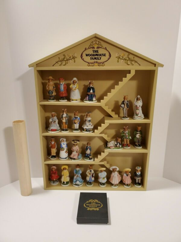 Franklin Mint Vintage The Woodmouse Family 25 Porcelain Figurines, Name Cards • 84.95$