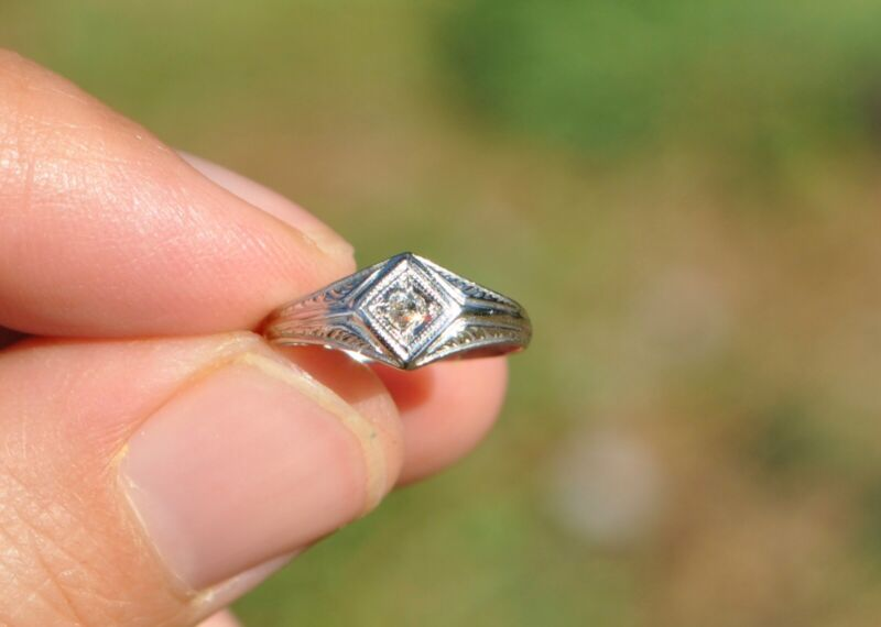 $175 • Buy Vintage Art Deco 18k Solid Gold Childs Girls Ring - Natural Diamond Sz 3 ? Pinky