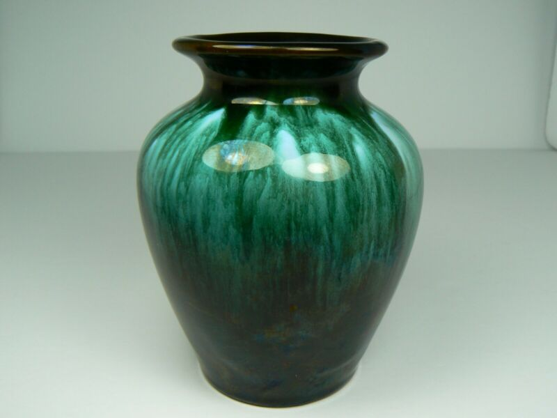 $ CDN9.99 • Buy BMP 4.125  Vase Green Drip On Black Blue Mountain Pottery W 3 Trees Sticker