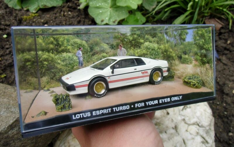 $ CDN39.41 • Buy 007 JAMES BOND Lotus Esprit Turbo 1:43 BOXED CAR MODEL For Your Eyes Only MOORE
